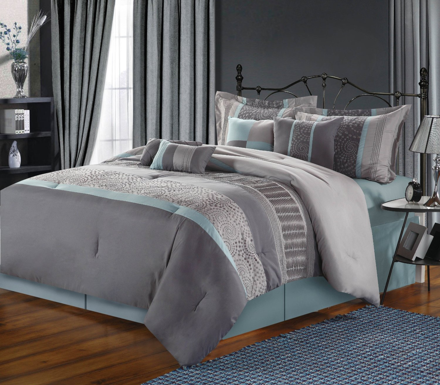 TEAL AND GREY CPMFPRTER BEDDING