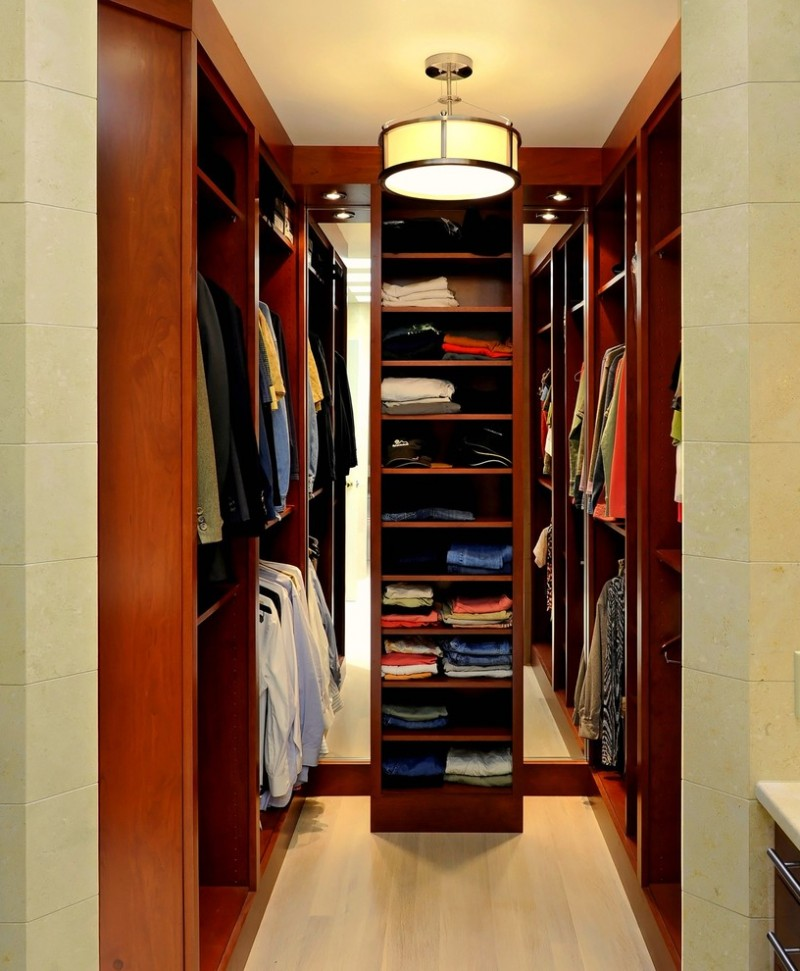 Small closet to make it tidier and cleaner decohoms - Closets for small spaces ...