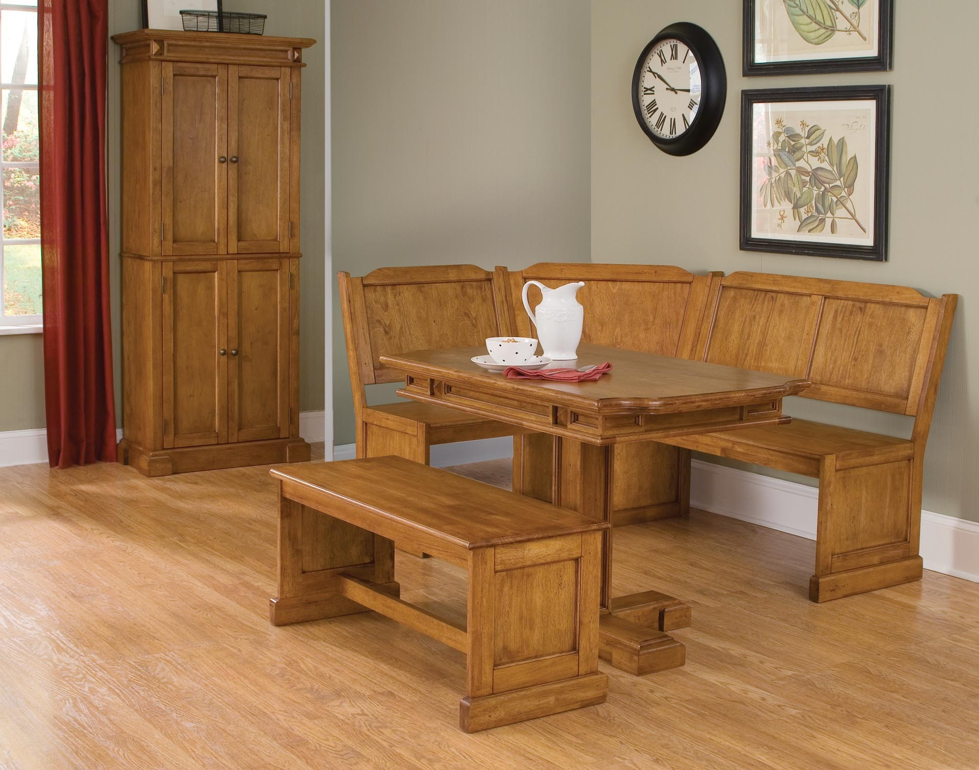 corner dining room table and bench | Decohoms