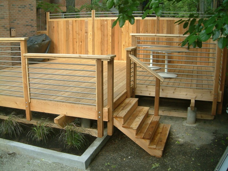 light brown wooden aluminum horizontal railing