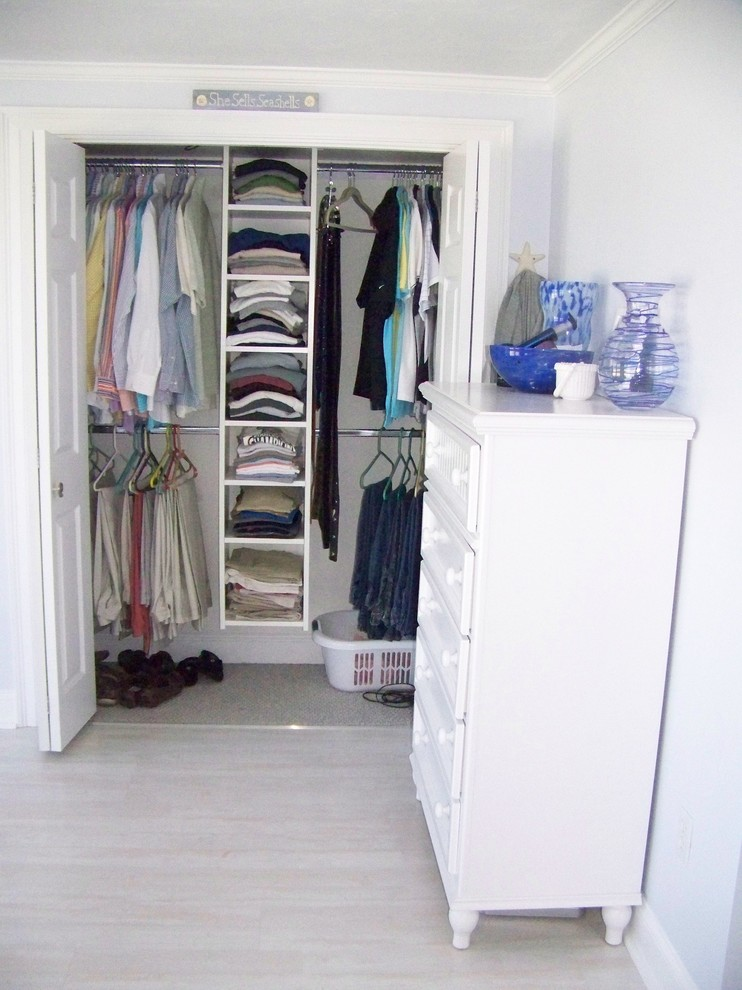 Small Closet Organizers Small Storage Solution For Apartment Sized Houses