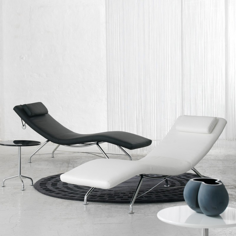 black and white sleek lounge chair