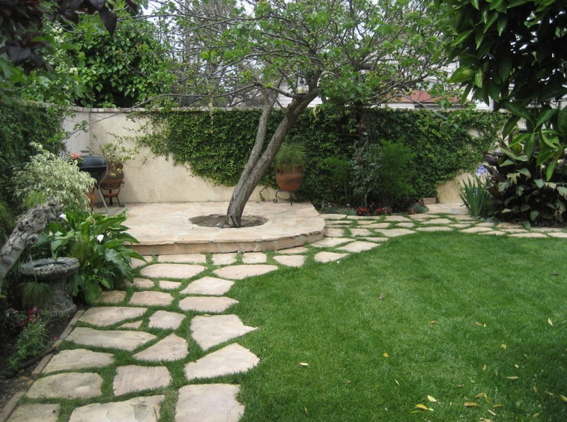 design footpath made by stone grass trees wall greenery flower house exterior stone pathway