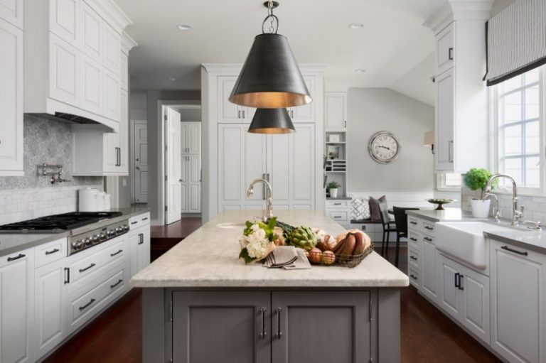 Great Grey Quartz Countertop White Kitchen Combo Ideas To Try Decohoms - Gray kitchen cabinets with wood floors