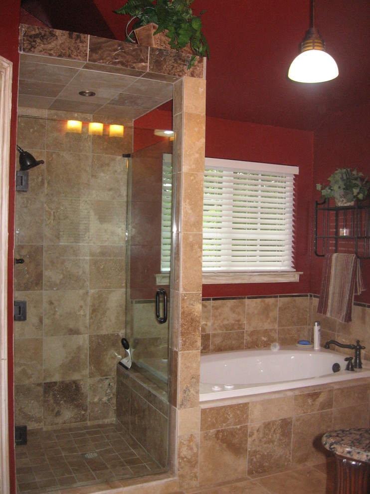 Walk in shower without door for more air and light decohoms for Walk through shower to tub