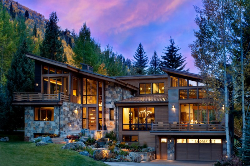 Modern mountain house with breathtaking beauty decohoms for Modern mountain house