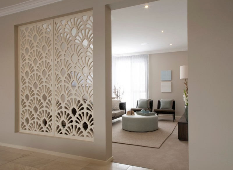 palm leaves shape white wooden divider