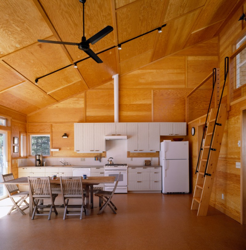 Great Choices Of Simple But Unique House Made Of Wood