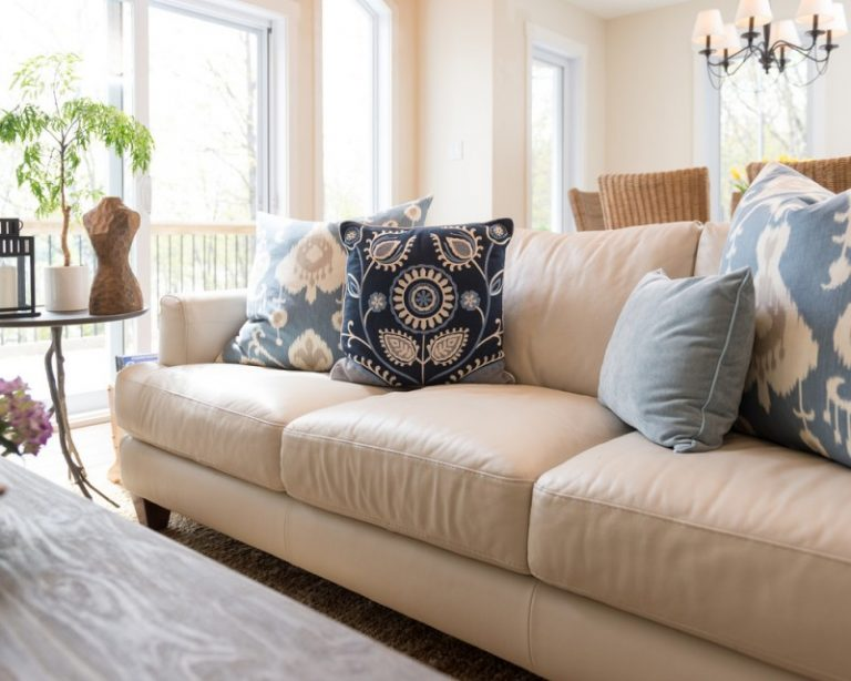 Aesthetically Pleasing Pillows For Leather Couch Decohoms