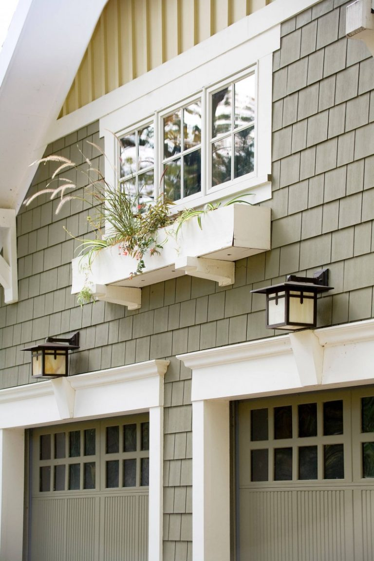 Doors To Garage: Gripped Ideas Of Garage Door Windows
