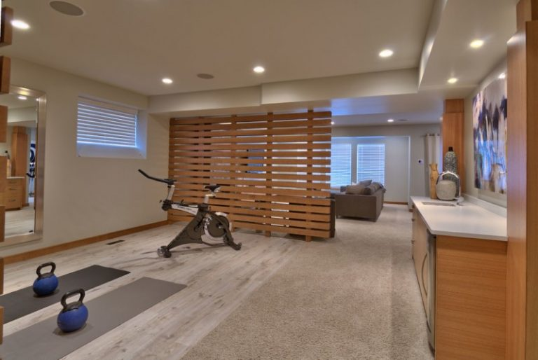 Cool modern living rooms with big flat screen and great Living room gym