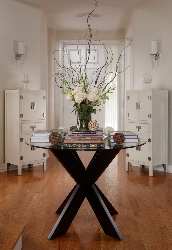 Foyer Table Decor : Favorite round entryway table ideas decohoms