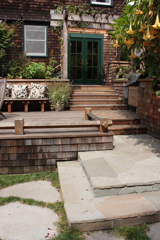 rustic style patio with square shaped wood skirting