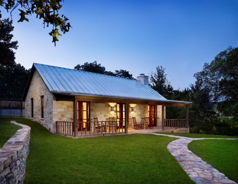 Rustic charm of 10 best texas hill country home plans for Ranch style metal homes