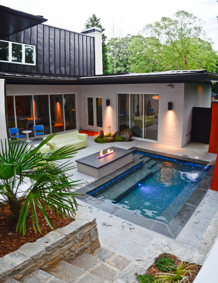 Perfect pool designs for small yards decohoms for Pool with fireplace