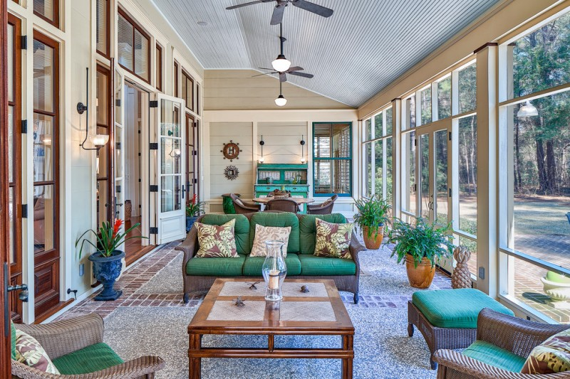 The most proper room to enjoy the best light and breeze of Florida sunroom ideas