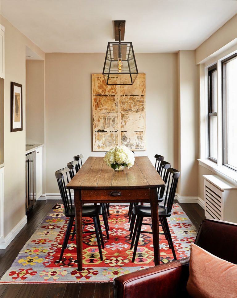 Traditional dining room colors