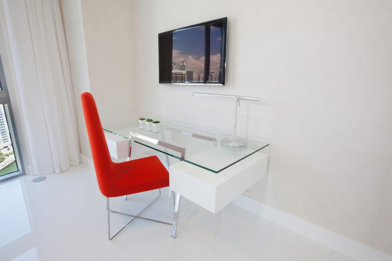 wall computer table glass chair wall TV curtain light colored floor contemporary home office
