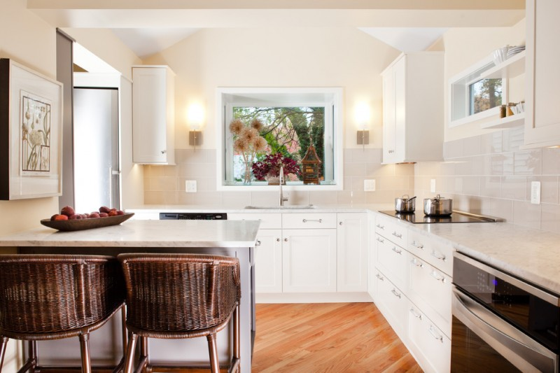 white dining table for small kitchen