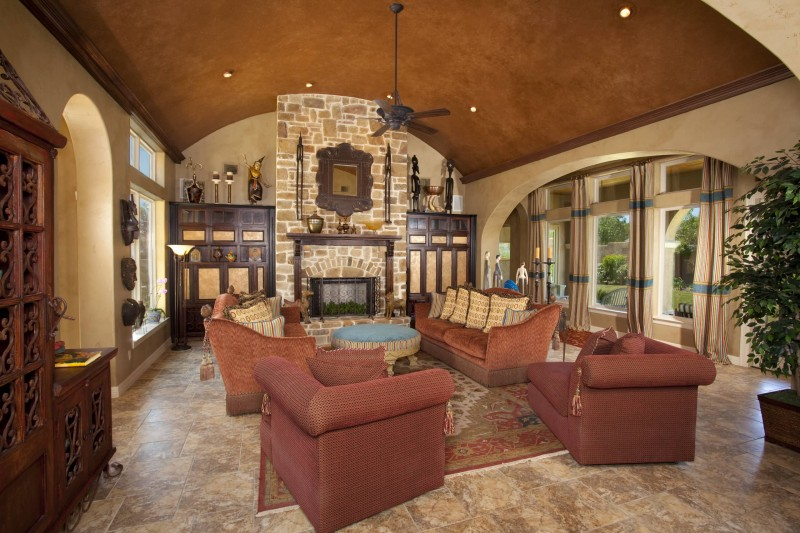 Lively tuscan interior design the idea serving you best for Tuscan roof design