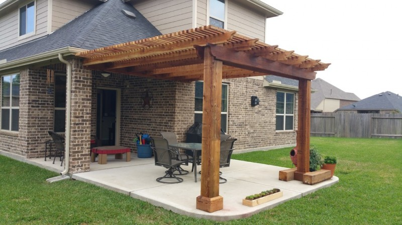 Cool backyard patio covers to get cover design ideas from for Small patio shade ideas