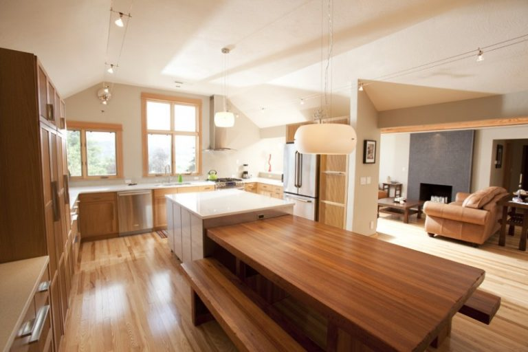 Wonderful Bench Style Kitchen Tables To Get Ideas From Decohoms