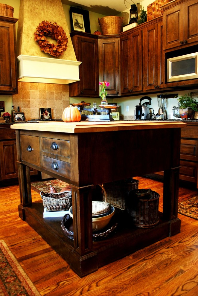 Amazing Custom Made Kitchen Islands To Draw Inspirations