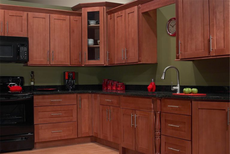 fancy and natural cherry kitchen cabinets decohoms. Black Bedroom Furniture Sets. Home Design Ideas