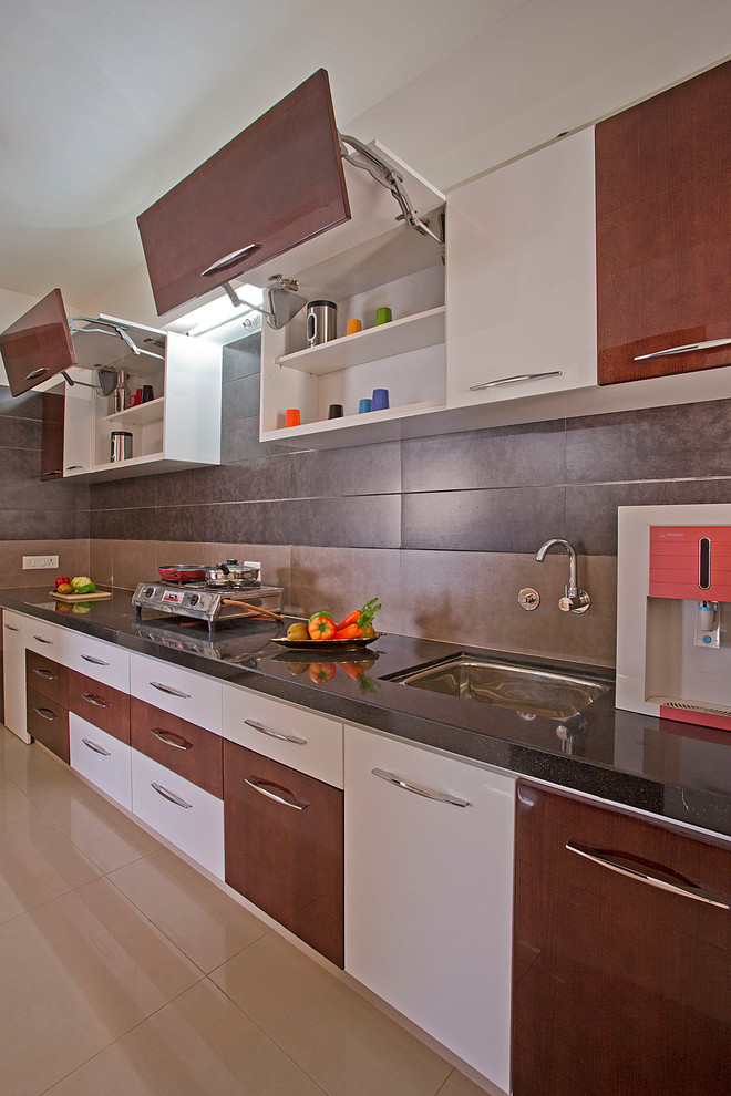 Interesting kitchen cabinet layout tool ideas decohoms for Modern kitchen design tamilnadu