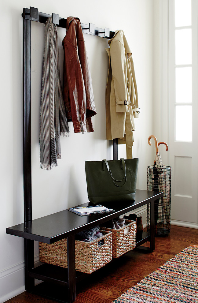 Modern entry bench ideas for your fresh entryway decohoms for Entry coat hook ideas
