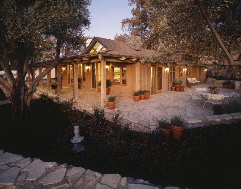 Superb designs of texas ranch house plans to adore decohoms for Deck designs for ranch homes