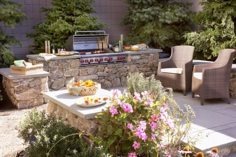 Stunningly Cool Viking Outdoor Kitchen Designs To Be Inspired By Decohoms