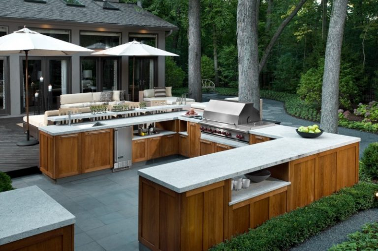 Stunningly Cool Viking Outdoor Kitchen Designs to be ...