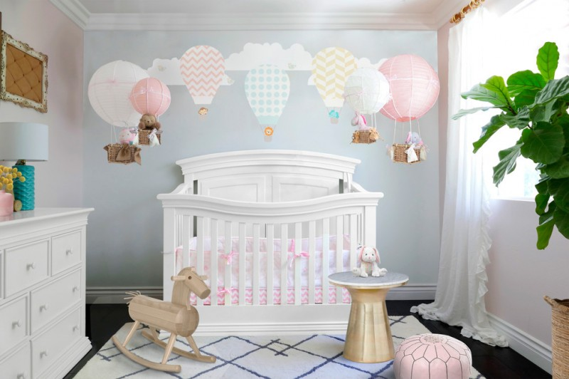 Fabulous baby girl bedroom themes to adopt decohoms for Bed decoration with balloons