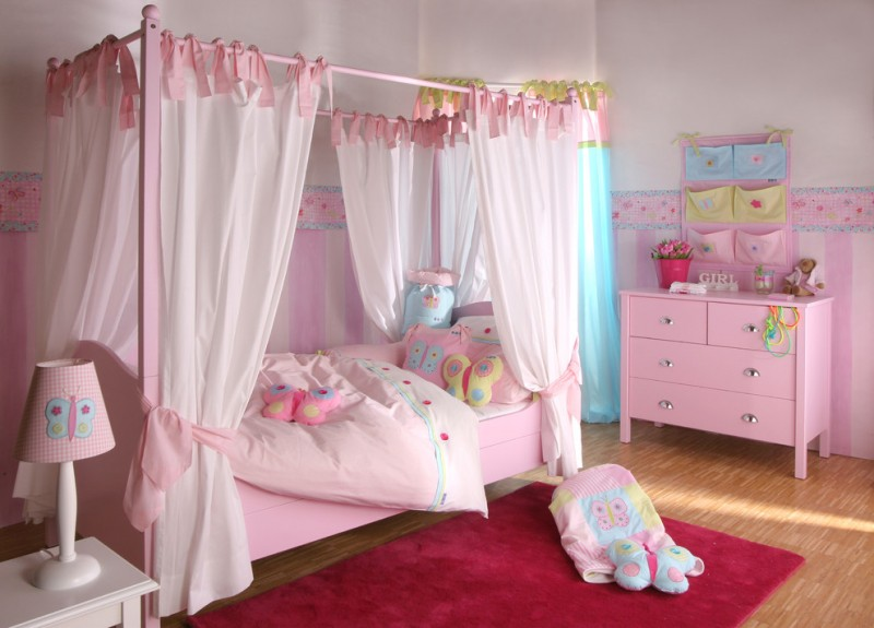 Baby Bedroom Themes Four Post Bed Sidetable Table Lamp Cabinet Curtain Carpet Stuffed Animals Toys