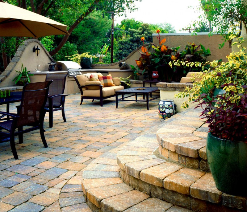 Enticing Backyard Paver Ideas For Your Home Exterior