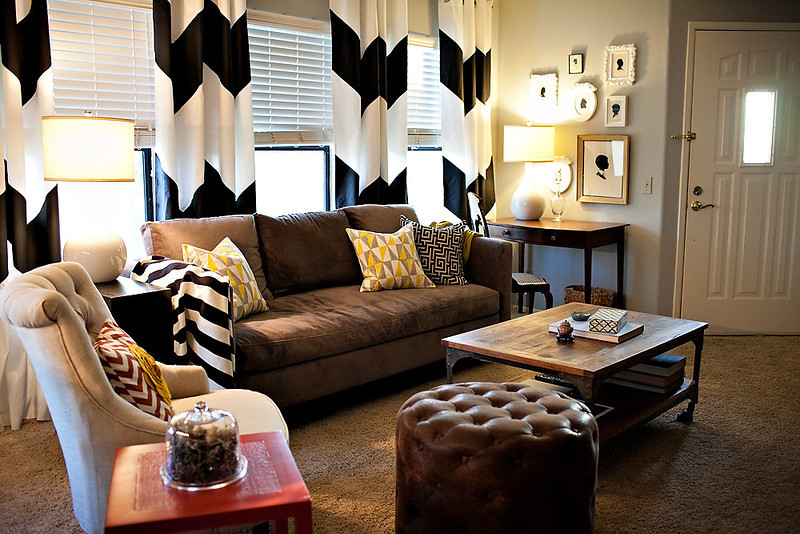 Appealing Black and White Room Decorations for Your Home | Decohoms
