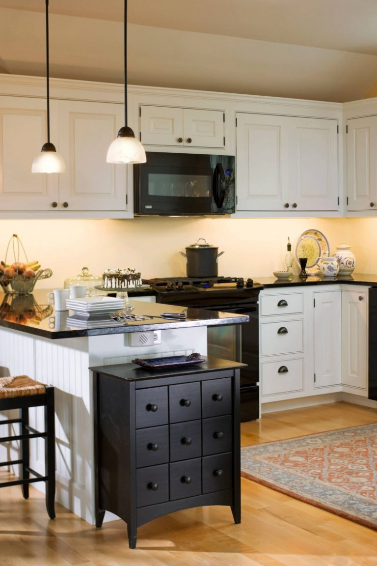 Irresistible Kitchen With Black Appliances Ideas