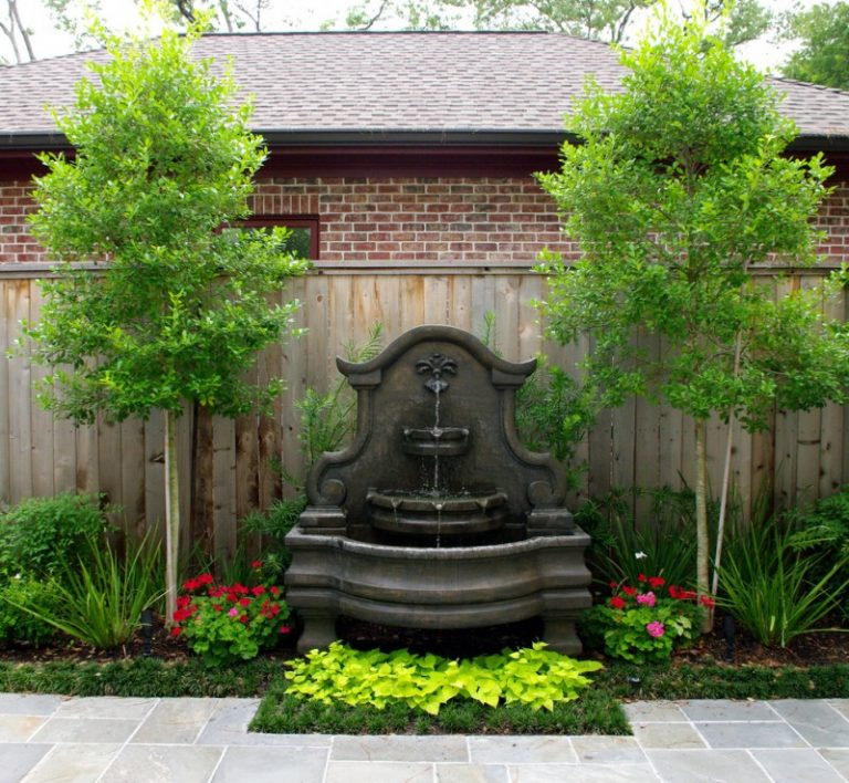 Beautiful front yard fountains to be greatly amazed by for Front yard fountains
