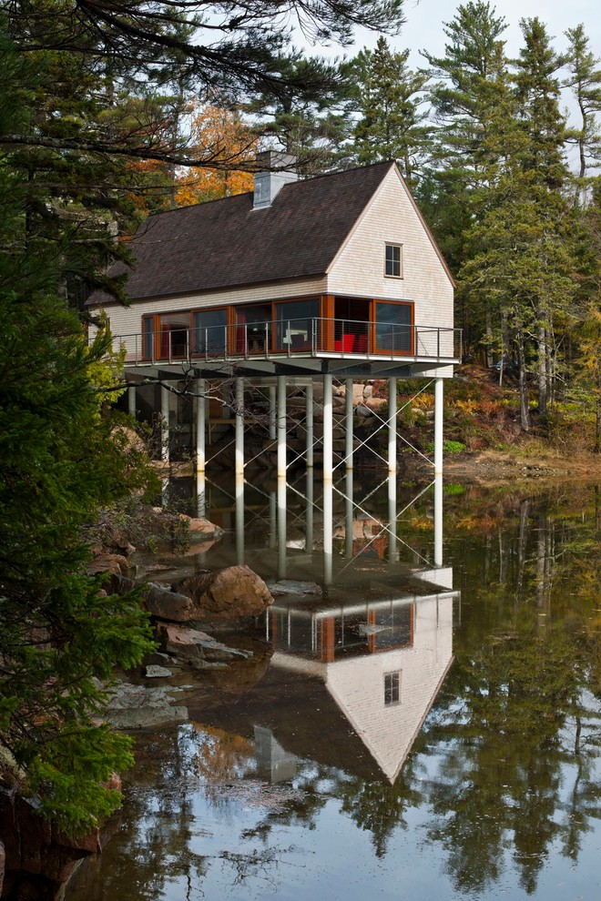 Stunning piling house plans to be amazed by decohoms for Small pond house plans