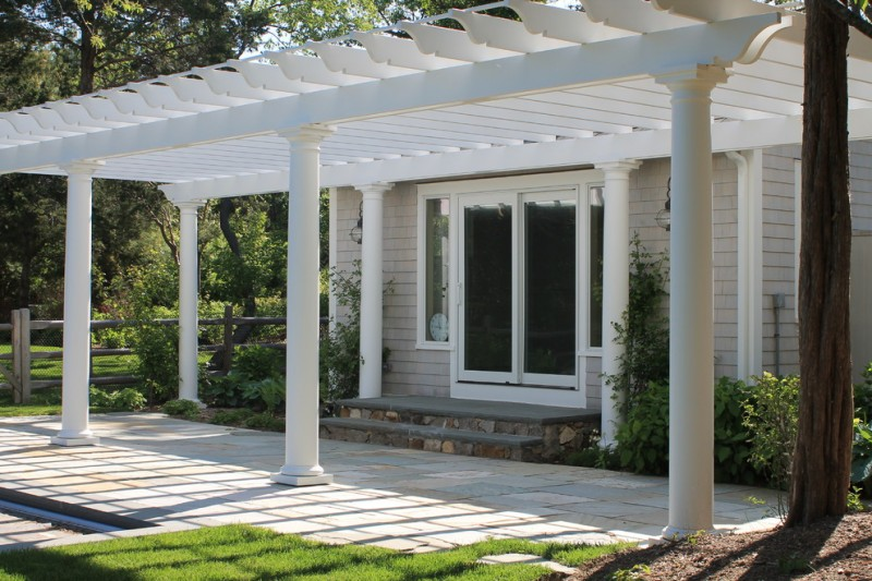 simply white pergola with pillars