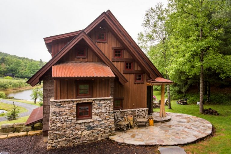 Small stone and wood house plans escortsea for Small stone house plans