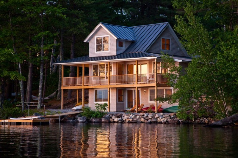 Beautiful rustic houses to get ideas for small rustic house plans from decohoms for Lakefront home plans designs