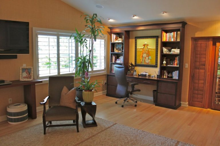 Mesmerizingly Cool Ways To Pair Wall Units With Desk In A