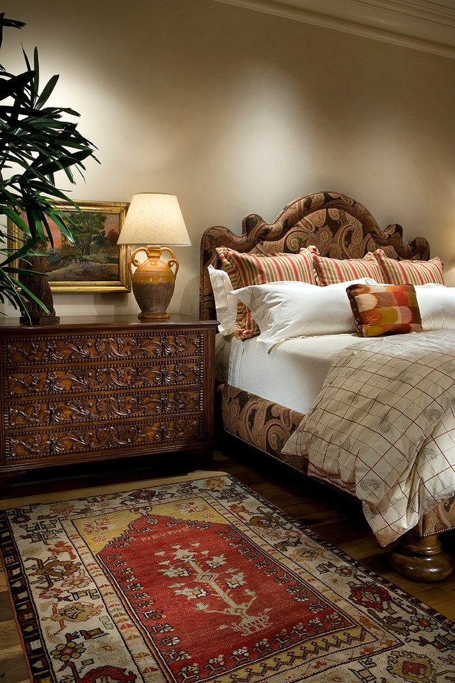 Tuscan style bedroom design bed frame with headboard and fabric finishing hardwood bedside table with handmade crafts ornaments Tuscan style bedroom rug