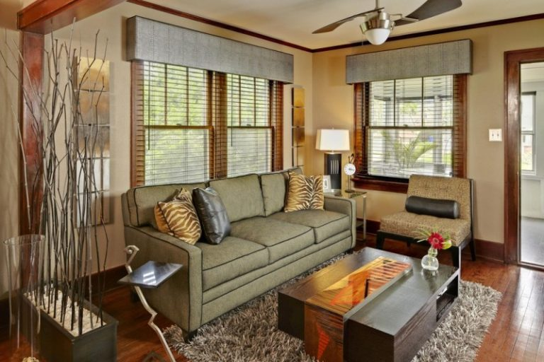 Get the Ideas of Great Valances for Your Nifty Living Room ...