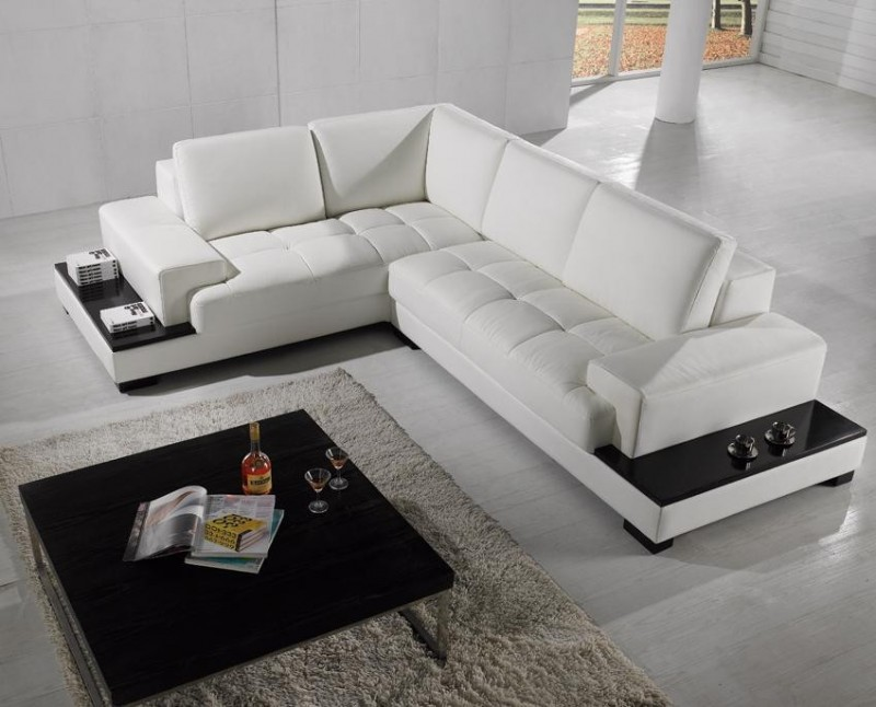 contemporary living room end table in black grey area rug modern sectional sofa in black with black polyester outside