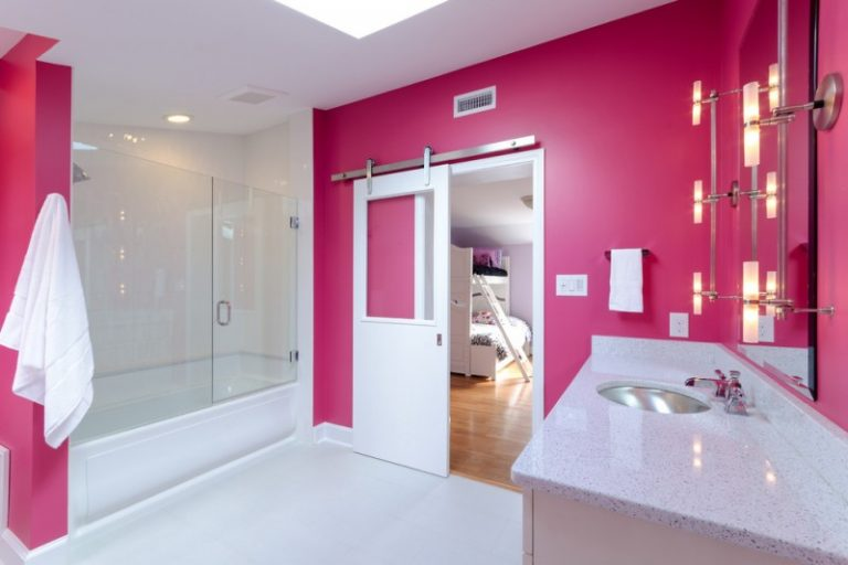 Cool Frameless Glass Shower Doors to Install in Your Bathroom | Decohoms