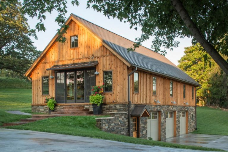 Affordable pole barn house plans to take a look at decohoms for Barn loft homes