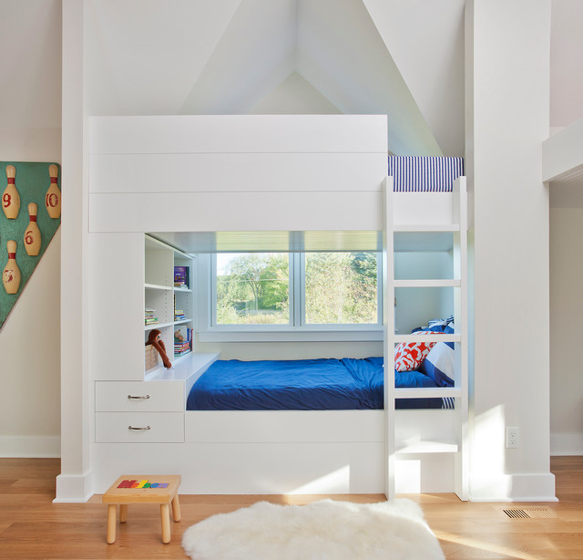 queen size bunk beds privacy wood on the top small fluffy rug blue bed sheets small bench built in ladder wall decoration built in shelves windows